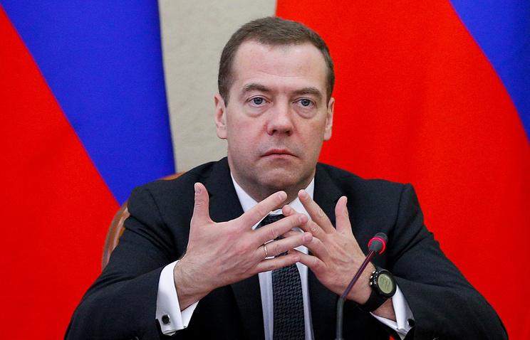 Медведев: дефицит бюджета будет больше планируемого