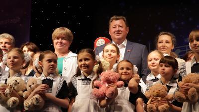 В совхозе имени Ленина состоялся большой детский праздник