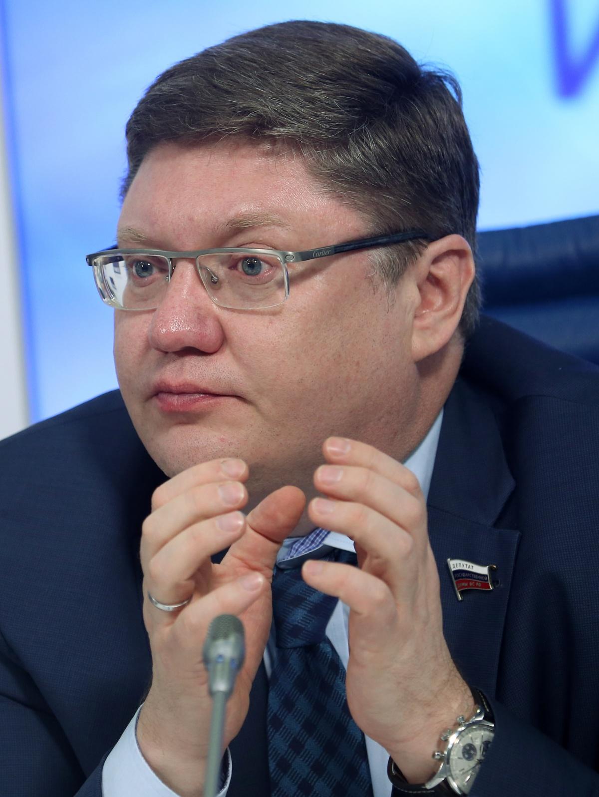 Госдума решила увеличить финансирование парламентских партий