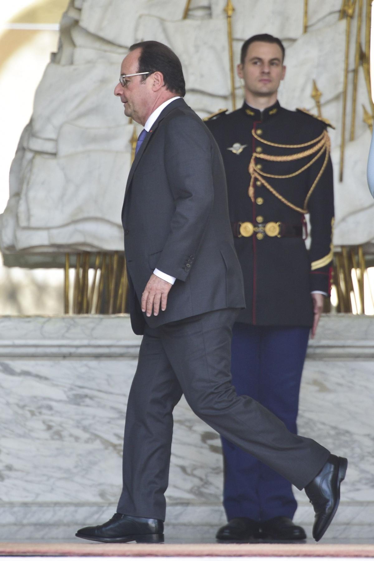 Ледяной душ для президента Франции