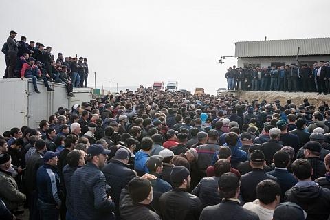 Дальнобойщики ответили Медведеву на заявление о числе бастующих водителей