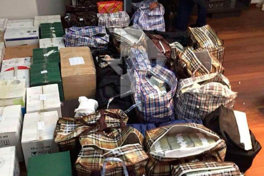 СМИ рассказали о новой версии происхождения денег полковника Захарченко