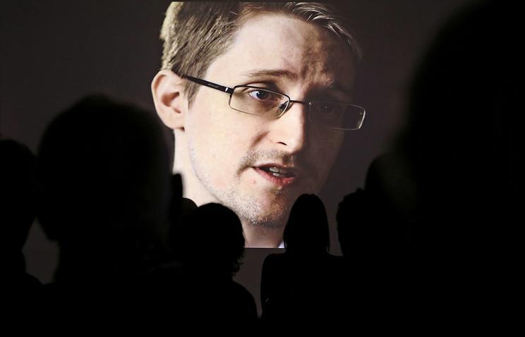 Сноуден: принятие закона Яровой — черный день для России
