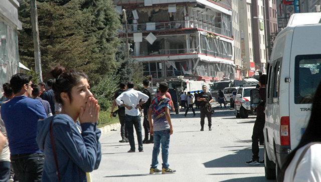 Ростуризм призвал россиян не покидать курортные зоны Турции