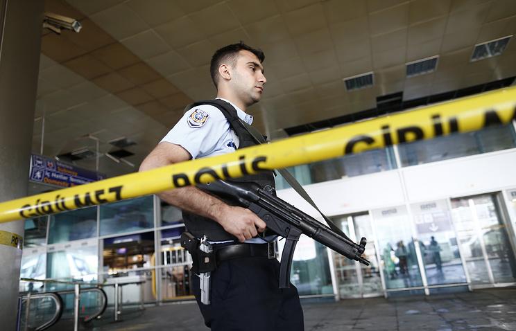 В аэропорту Стамбула предотвращен взрыв смертницы