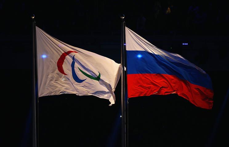 Белорусским паралимпийцам запретили выйти с российским флагом