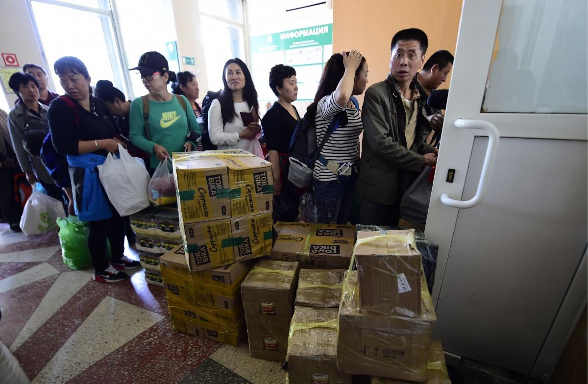 Японские СМИ: «Китайцы вторгаются в Россию – не на танках, а с чемоданами»