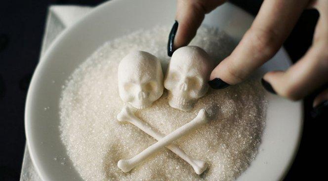 СМИ: Жир не виноват, виноват — сахар