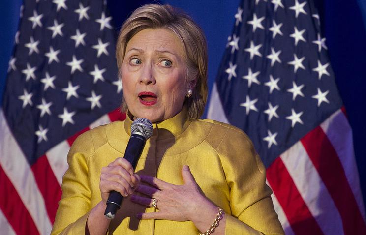 Иносми: Зачем Клинтон лепит из России образ врага