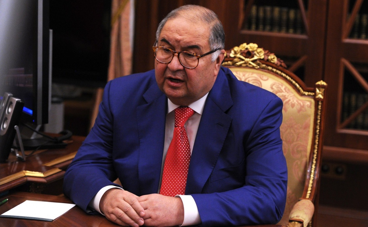 Усманов лишился статуса налогового резидента России