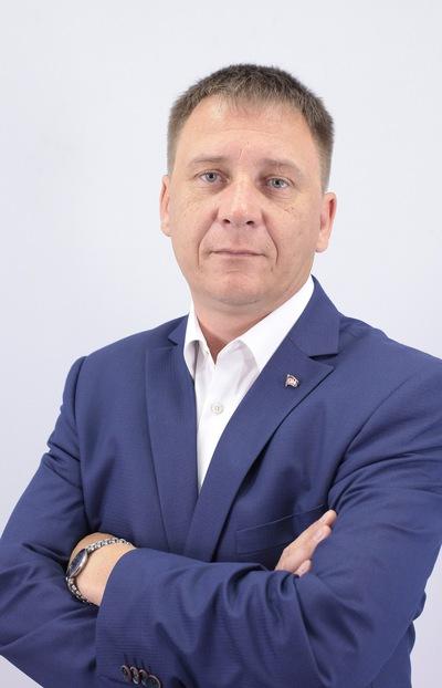 Анатолий Елишов