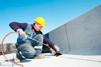 Течет крыша дома: разбираемся с протечкой крыши