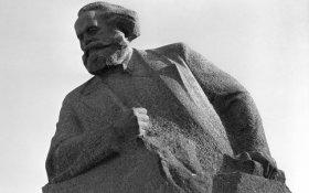 Два манифеста и диалектика стратегии и тактики в марксизме. Статья Дмитрия Новикова в газете «Правда»
