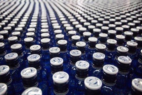 Минфин предложил повысить минимальную розничную цену на водку