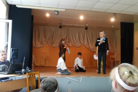 Челябинские школьники: забрали Крым, заберем и Аляску