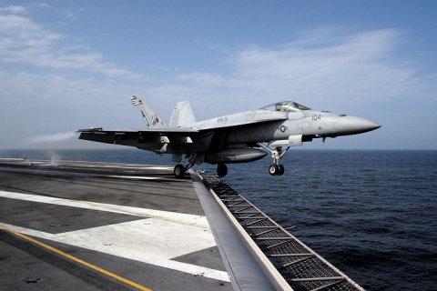 Минобороны будет считать все самолеты США над Сирией «воздушными целями»