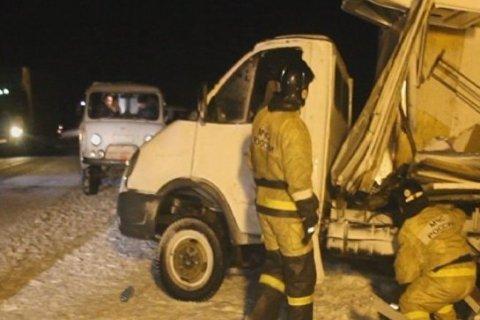 Три человека погибли, 23 пострадали в результате массового ДТП в Алтайском крае