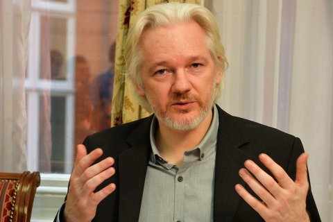 Ассанж обвинил Клинтон в разжигании антироссийской истерии