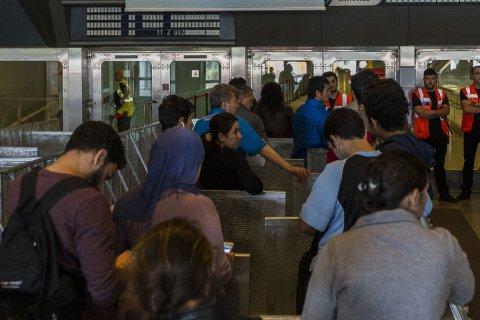 Иносми: Террористы проникают в Европу под видом беженцев