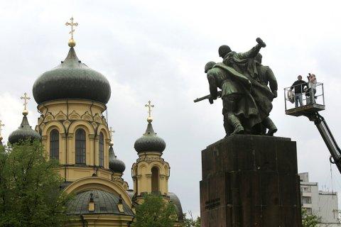 В Польше готовятся снести 250 памятников в честь Красной армии
