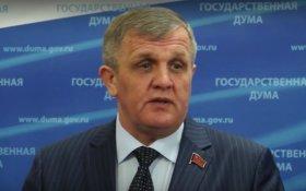 Николай Коломейцев: Жизнь правительства «параллельна» жизни общества