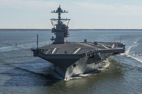 Самый дорогой военный корабль в мире поступил на вооружение флота США