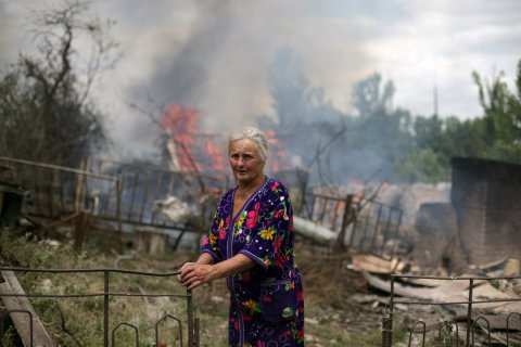 """Обзор СМИ: люди на Украине """"погибают ни за что"""""""