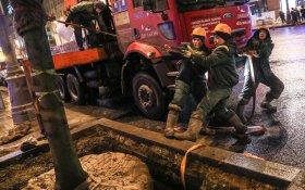 Благодетели. Минтруд пообещал преимущество для пенсионеров по вакансиям дворников и строителей перед таджиками и узбеками