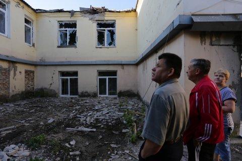 Украинские силовики более 400 раз обстреляли Донбасс