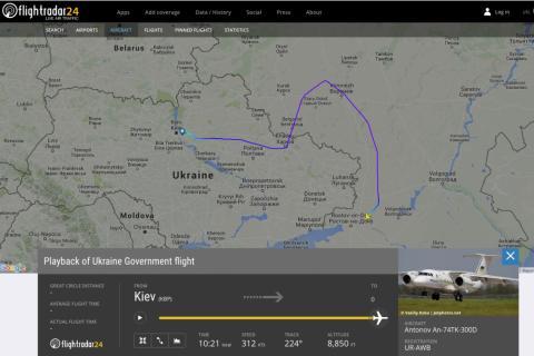 Самолет президента Украины держался подальше от Новороссии