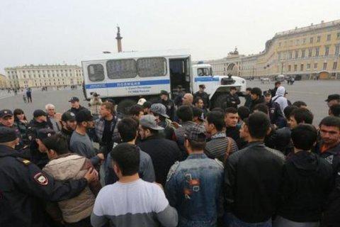 В Санкт-Петербурге задержали 130 участников акции в поддержку мусульман Мьянмы