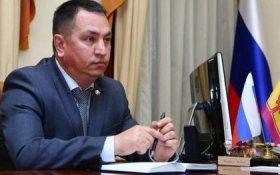 Российский чиновник объяснил низкие зарплаты врачей и учителей ленью
