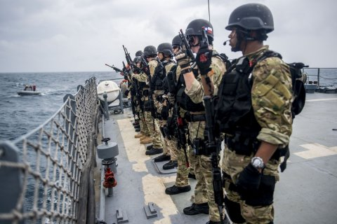 Иносми: Что понадобилось эсминцу США у берегов России?