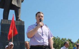 Кандидат КПРФ Владимир Сахаровский разгромил представителя «партии власти» на довыборах в городскую Думу Биробиджана