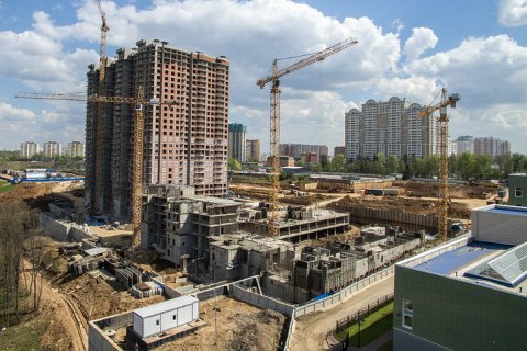 Минстрой насчитал более 38 тысяч обманутых дольщиков и 830 проблемных объектов по России