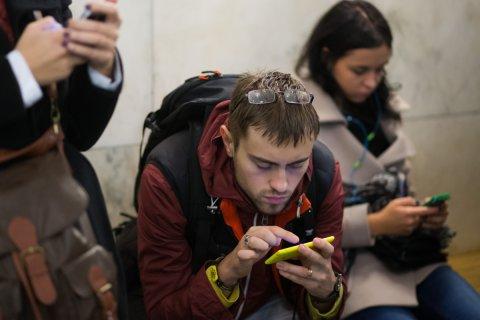 МТС и Мегафон резко повышают цены на роуминг