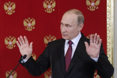 Путин ответил на обвинения в использовании Сирией химоружия: «Скучно, девочки»