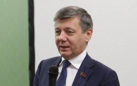 Дмитрий Новиков рассказал молодым коммунистам о партийной идеологии и партийном строительстве