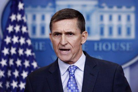 Советник Трампа ушел в отставку из-за разговора с российским послом