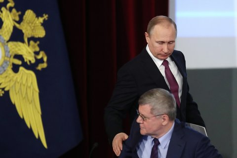 Чайка назвал задачей прокуратуры недопущение протестных акций во время выборов