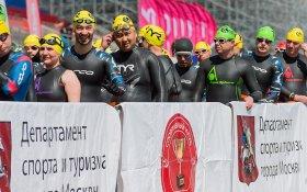 Спортклуб КПРФ собрал на соревнованиях по плаванию на открытой воде почти 900 спортсменов