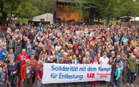 В Германии прошел фестиваль коммунистической газеты «Унзере цайт» под лозунгом «За мир и дружбу с Россией»