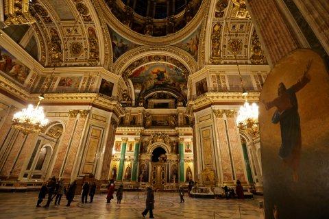 Суд отказался рассматривать иск о передаче Исаакиевского собора РПЦ: План передачи собора не означает, что его передадут