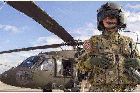 Иносми: Вслед за танками, США перебрасывают к границе с Россией боевые вертолеты