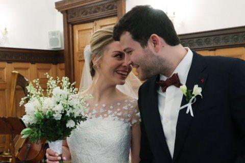 Подавляющее большинство россиян считает жизнь в браке предпочтительнее сожительства