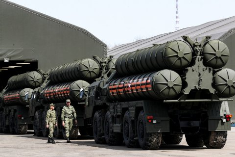Опрос: Россиян все меньше интересует военная мощь страны