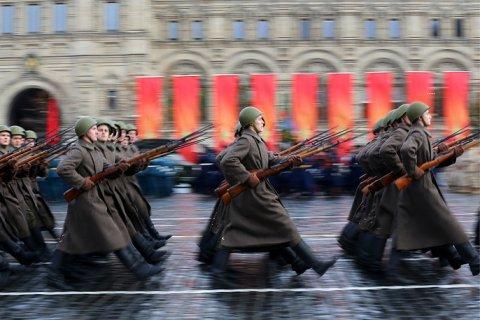На Красной площади прошел марш к 76-летию парада 1941 года