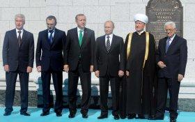Олигарха Керимова обвинили в незаконном ввозе во Францию до 750 млн евро