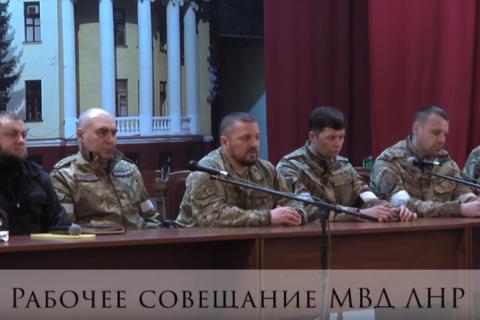 Глава МВД ЛНР Игорь Корнет сообщил, что он смог предотвратить переход республики под контроль Украины