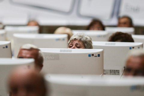 Треть российских компаний не готова брать на работу людей предпенсионного возраста